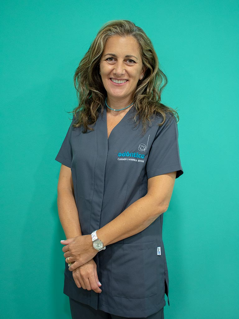 Dra. Mar Fernández Villalba – Ortodoncista