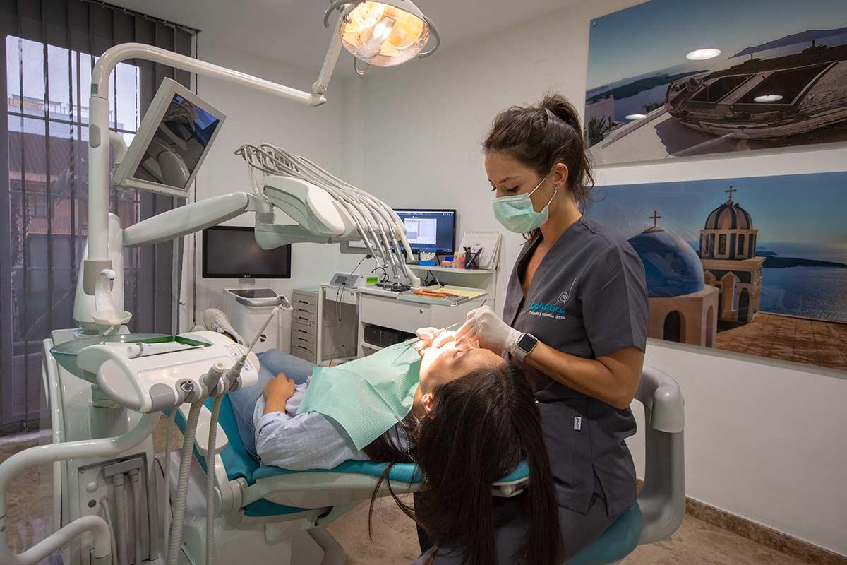 Clínica dental Odóntica Gabinete principal