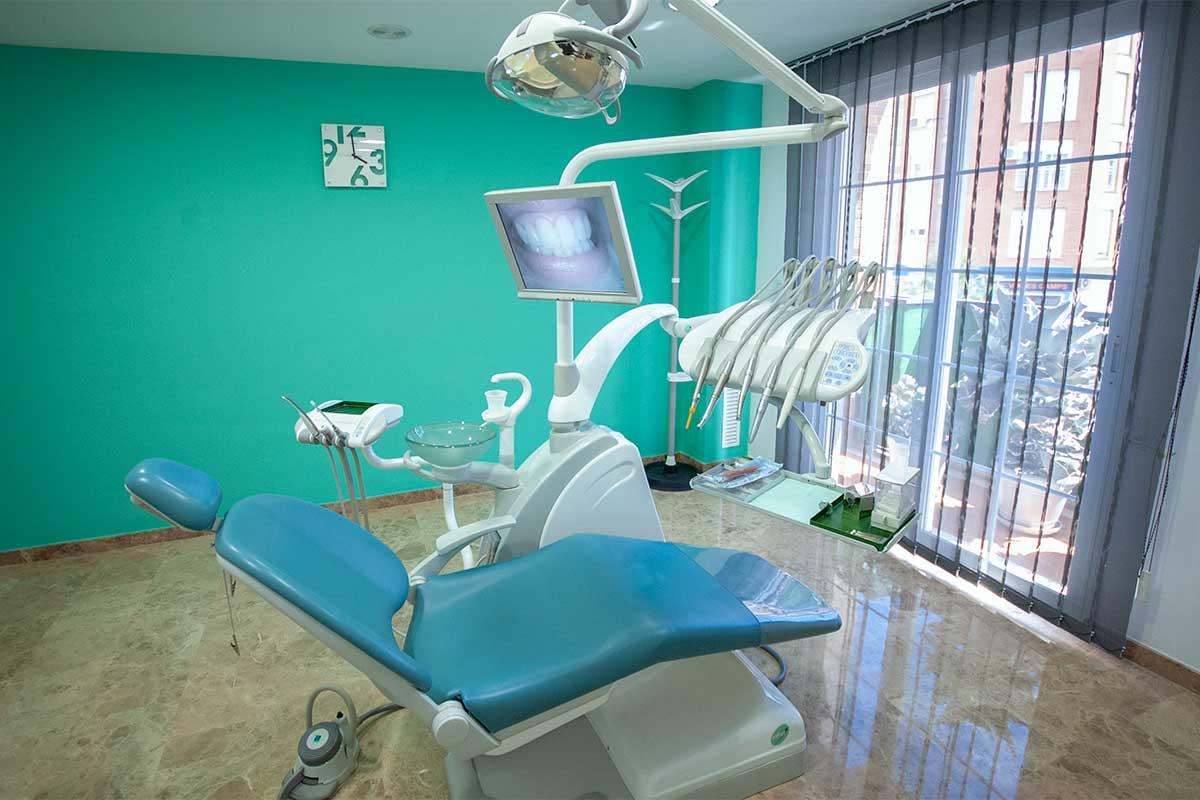 Gabinete clinica dental en Riba roja Odóntica